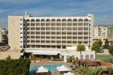 Отель Ajax Hotel 4*