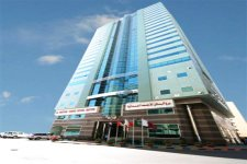 Отель Al Bustan Tower Hotel Suites 4*