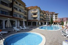 Отель Dream Holiday Apts 2*