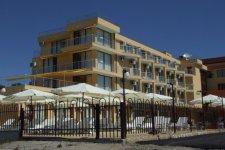 Отель Aqua Dolphin Beach 3*+
