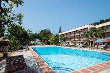 Отель Basaya Beach Hotel & Resort 3*