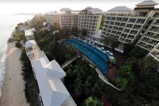 Отель Phala Cliff Beach Resort & Spa 4*