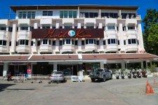 Отель Hotel De Karon 2*