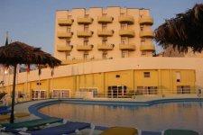 Отель Ambassador Hotel 3*