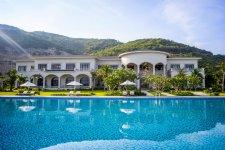 Отель Vinpearl Discovery 2 Nha Trang 5*