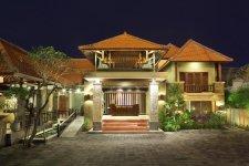 Отель Adhi Jaya Hotel 3*