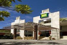 Отель All Seasons 3*