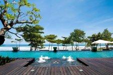 Отель Anantara Beach 5*