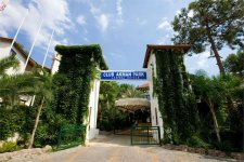Отель Larissa Club Akman Park 4*