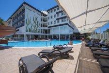 Отель Holiday City Hotel 4*