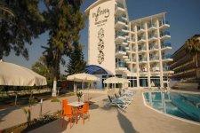 Отель Infinity Beach Hotel 4*