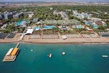 Отель Maritim Pine Beach Resort 5*