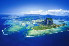Отель CRYSTALS BEACH RESORT & SPA MAURITIUS 4*