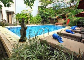 Pondok Sari Beach Bungalow Resort & Spa