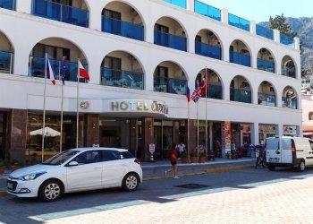 Ozcan Beach Hotel