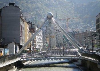 10 причин поехать в Андорру: от горнолыжного спорта до отличного шоппинга