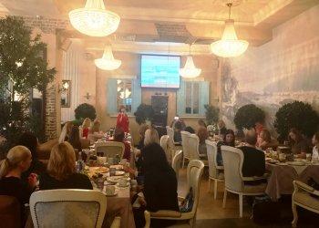 Бизнес-завтрак с Ambotis Holidays: из Москвы в Грецию!